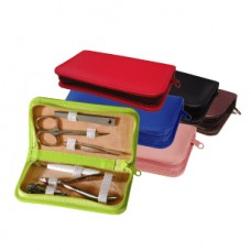 Travel & Grooming Kit